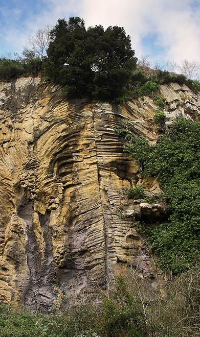 rocca-respampani-colonne-basaltiche