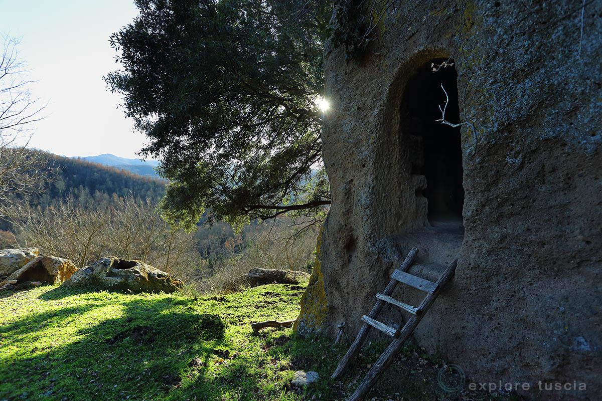 luni-sul-mignone-abitazioni-rupestri-2