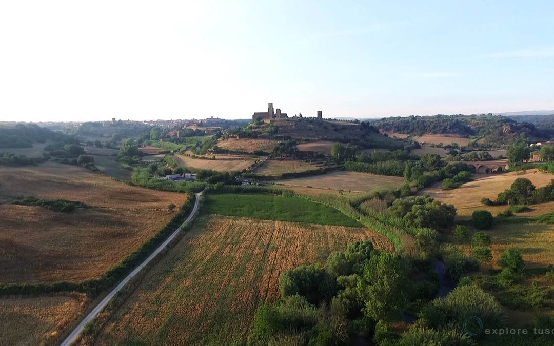Tuscania San Pietro da Drone