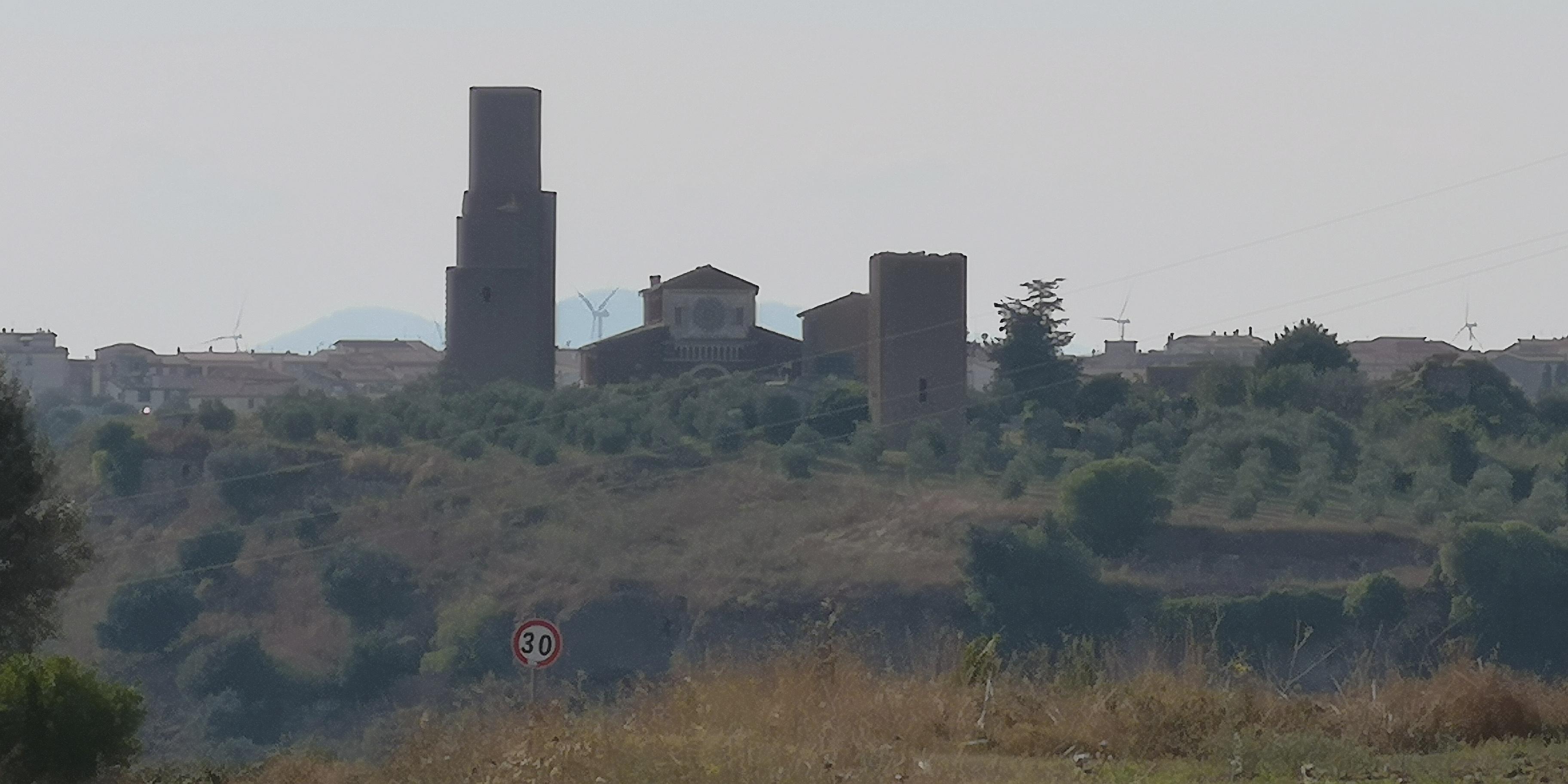 Tuscania g San Pietro e industria