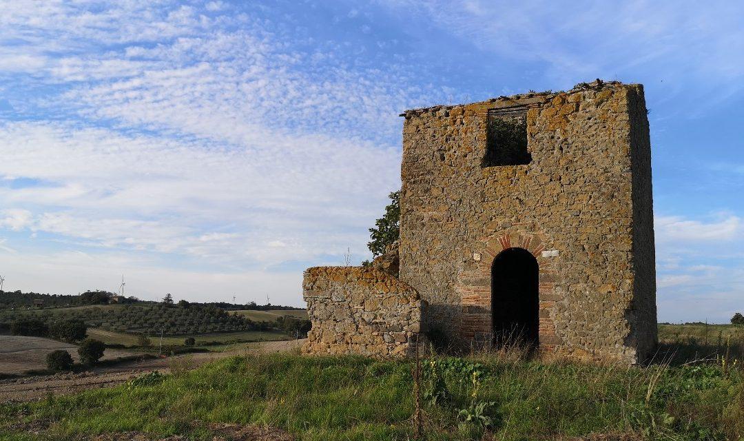 Casali storici sotto le Pale